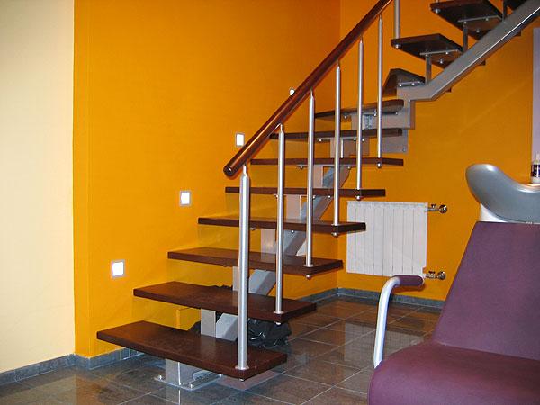 Лестница из профиля своими руками фото